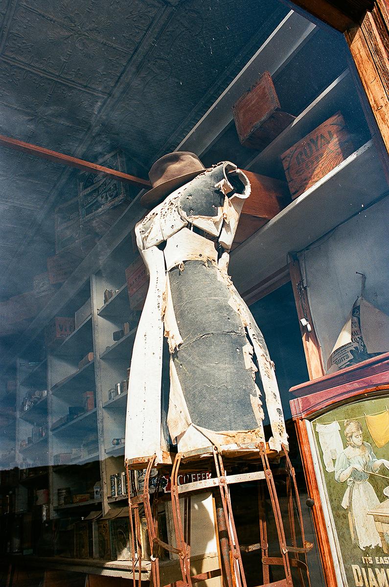 dress-maker-bodi-4xwm.jpg